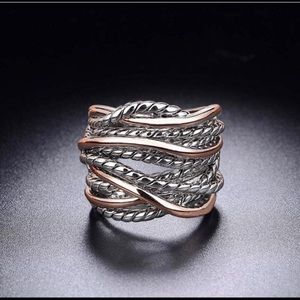 Two tone twisted ring size 7